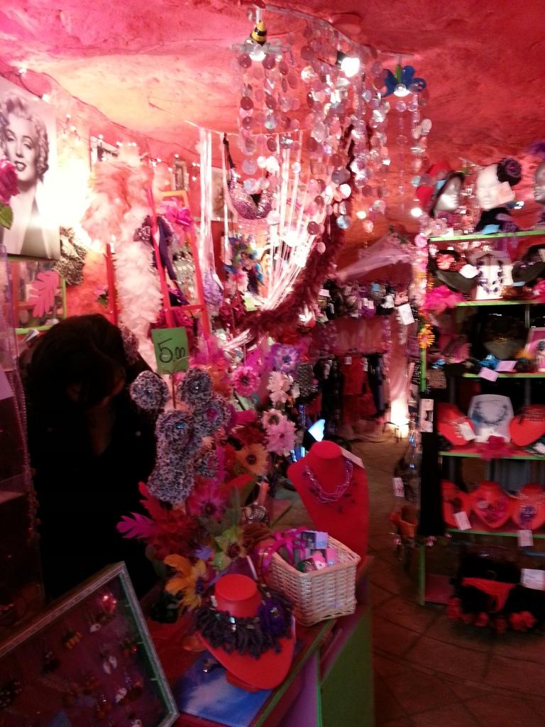 Pink store Calcata stanito