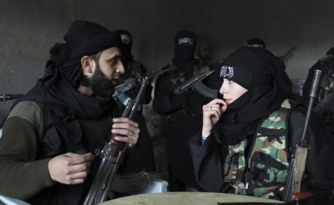 coniugi-ribelli-durante-l-addestramento-femminile-ad-aleppoorig_main
