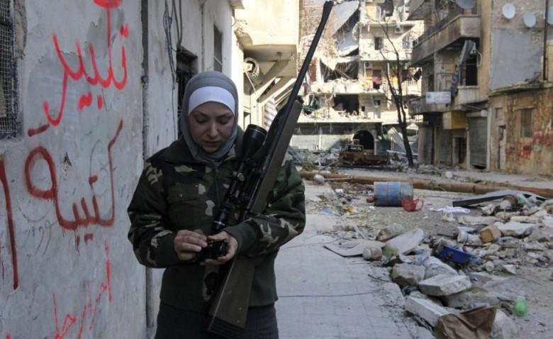 una-ribelle-siriana-ad-aleppoorig_main