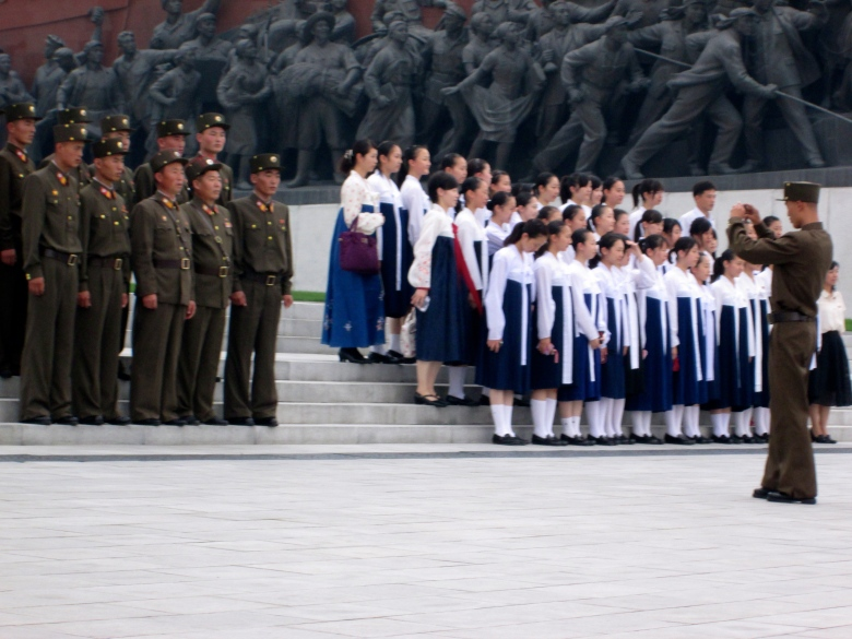 People in Pyongyang stanito 9
