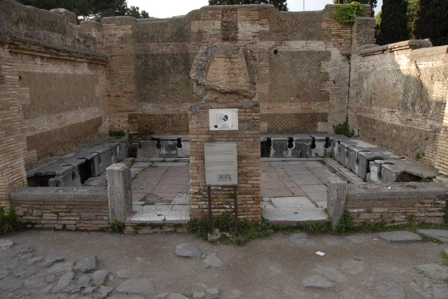 Ostia Antica Stanito Public Bathrooms