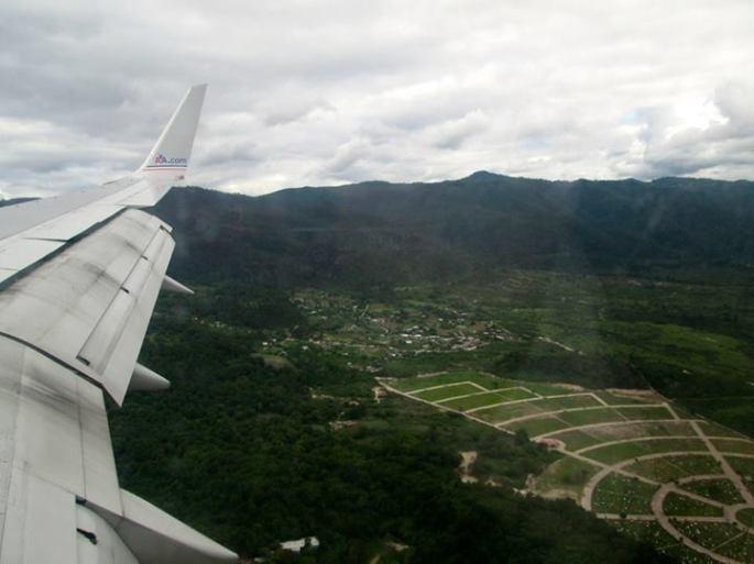 Landing in Tegucigalpa Stanito