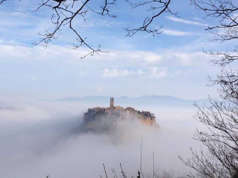 Photo of The Day: Myst of Civita di Bagnoregio