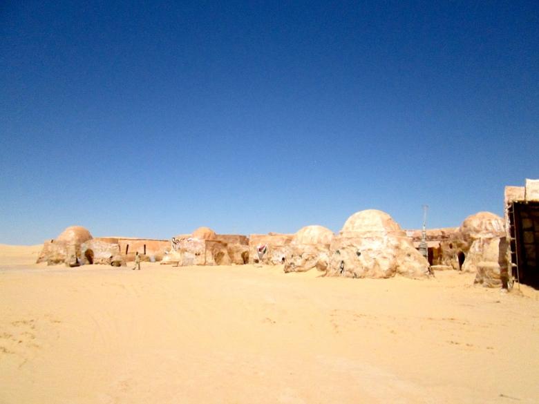 Arriving to Tatooine far