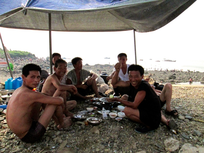 Namp'o beach picnic north korea stanito