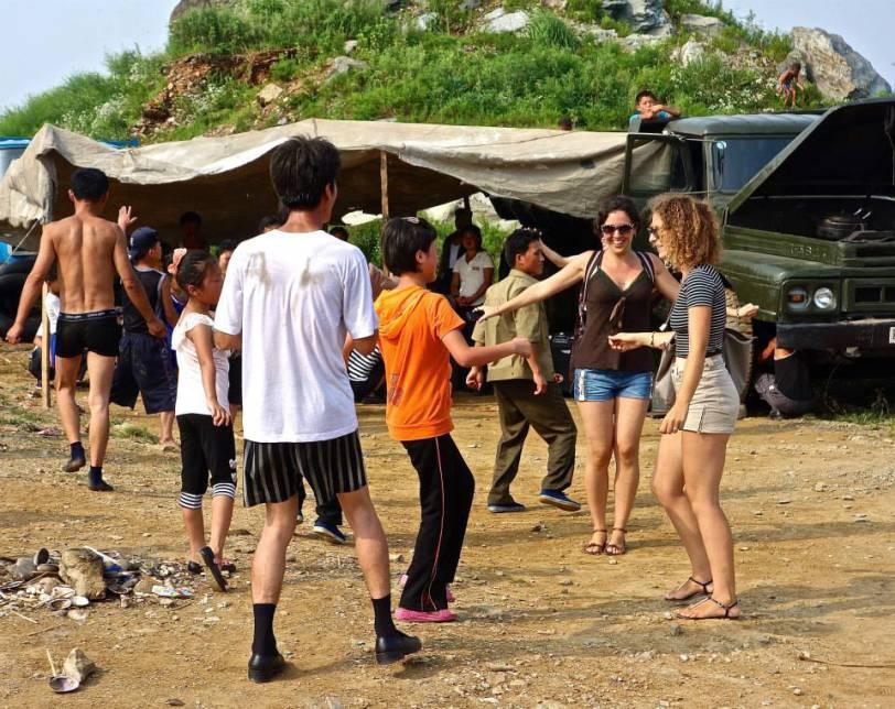 Namp'o stanito dance North korea