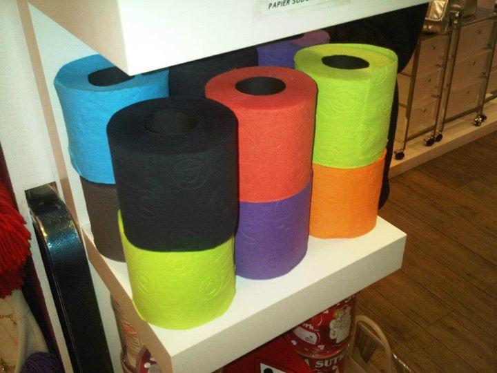 Colors_toilet_paper_Paris_Stanito