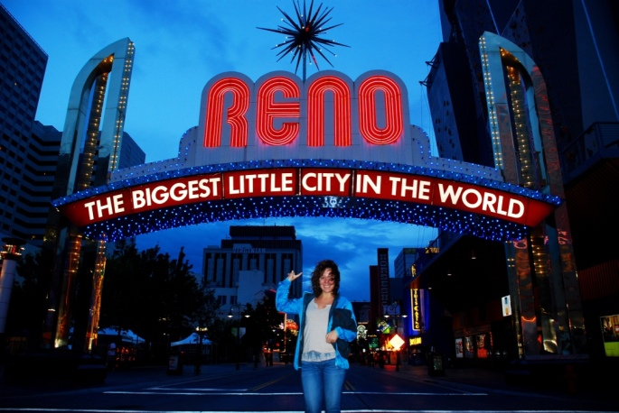 Reno_Nevada_Stanito_lit_sign