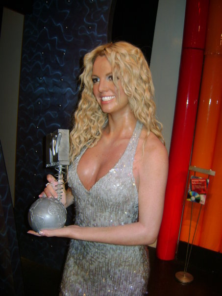 Stanito_Britney_Spears_Madame_Tussaud_London_UK