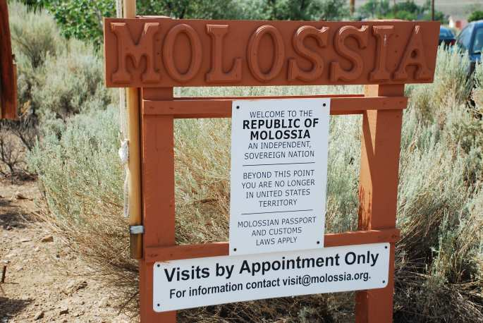 Welcome to Molossia Stanito