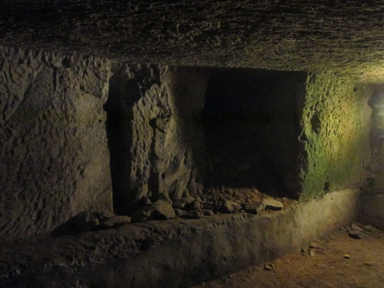 Napoli_naples_underground_stanito