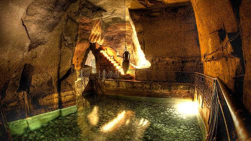 The Underground Napoli