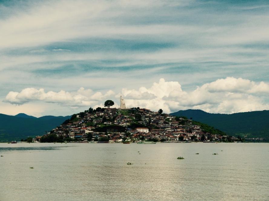Patzcuaro_Michoacan_mexico_stanito_janiotzio_island