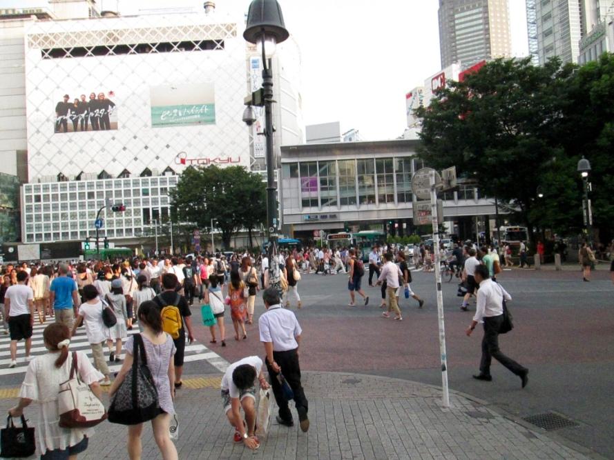 Shibuya_Crossing_Tokyo_Stanito1