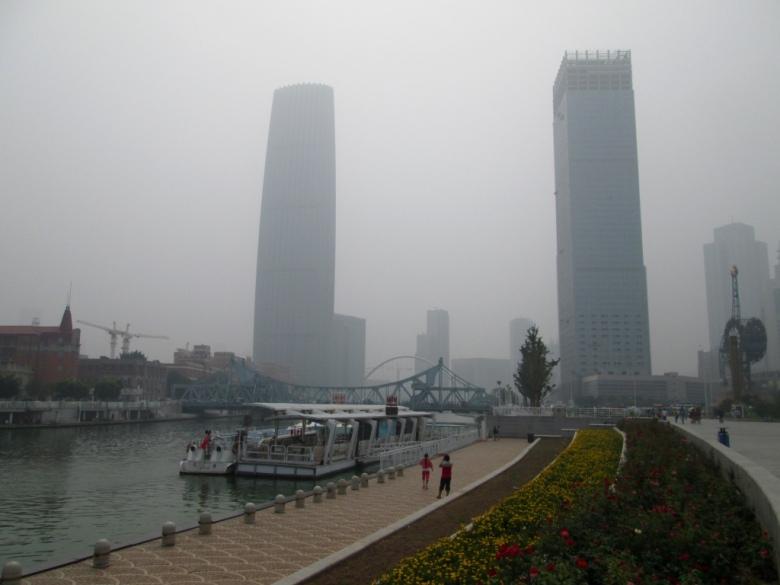 Tianjin_Haihe_river_china_Stanito_1