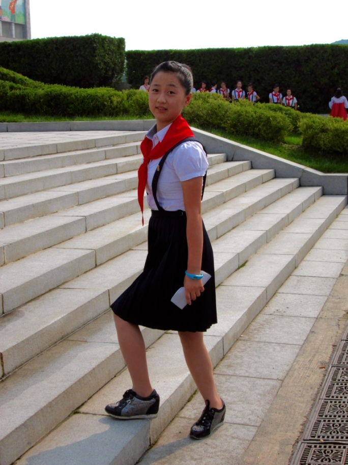 Mangyongdae_Children_Palace_North_Korea_Stanito_1