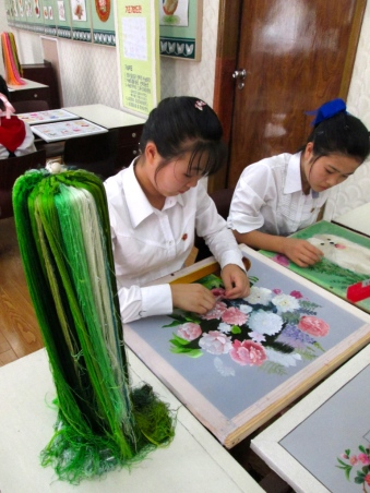 Mangyongdae_Children_Palace_North_Korea_Stanito_sewing_class2