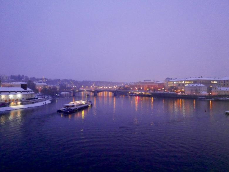 Charles_Bridge_Prague_Czech_Stanito_2