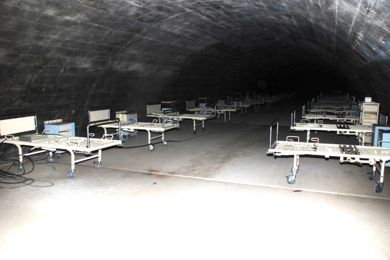 inside_soratte_bunker_mussolini_wwii_stanito