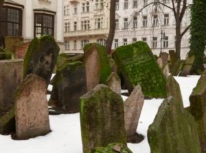 old_jewish_cemetery_prague_stanito_1