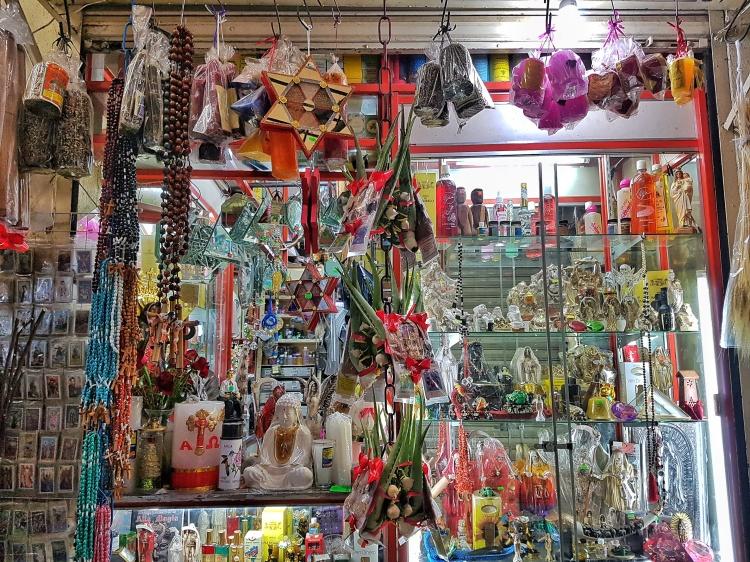 mexico_city_witchy_creepy_mercado_sonora_stanito_1