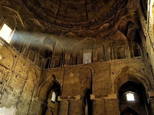 Masjed_e_Jāmé_ Esfahan_Iran_stanito